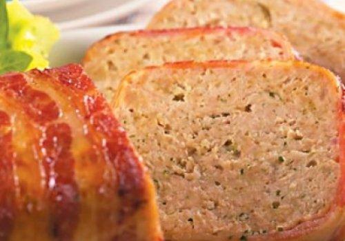 Bolo de frango com bacon by k&m