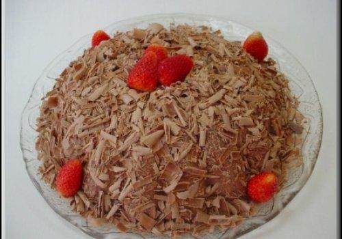 Torta Bombom com Morango