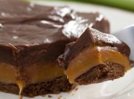Chocolate Twix de Tabuleiro | Ana Carolina Santos Melo