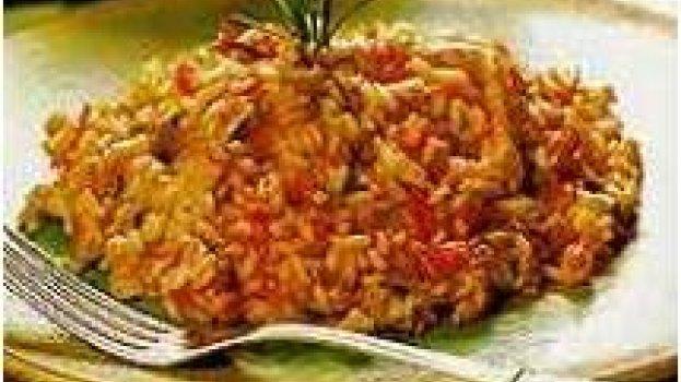 Risoto de frango com tomates