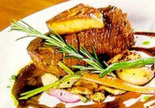 filé grellhado com foie gras e saute de alcachofra