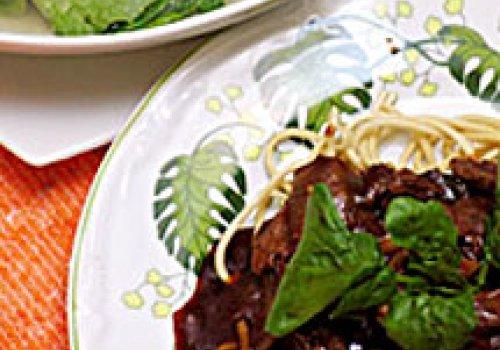Sopa com Agrião e Macarrão com Carne