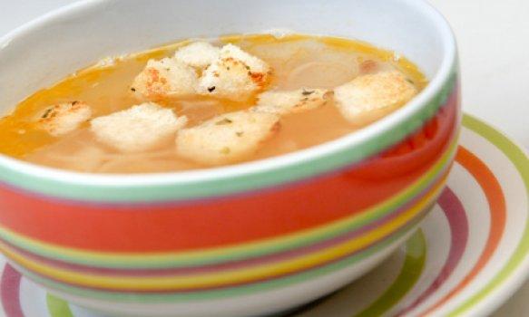 Sopa de Cebola com Croûtons