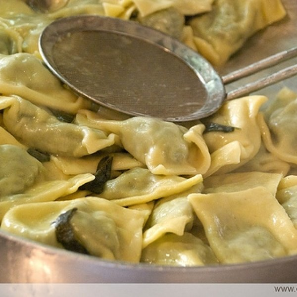 banana pizza ravioli This pin was discovered by adrienne krouskop discover (and save) your own pins on pinterest.