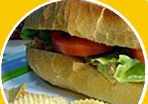 Sanduíche de Filé à Milanesa com Molho Especial