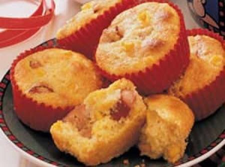 Muffins de milho com salsichas | Maria Cléa M. Jacobini