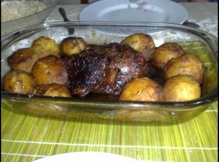 Carne Assada ao Vinho com Batatas
