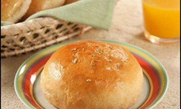 Pão de batata com alho poró