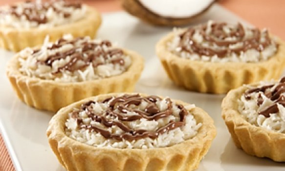 Tortinha de Graviola com Coco e Chocolate