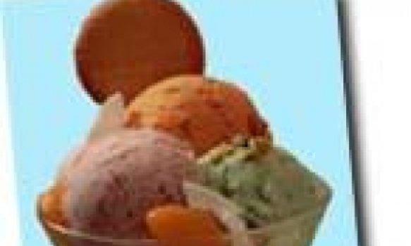 Torta de Ricota com calda de Goiaba
