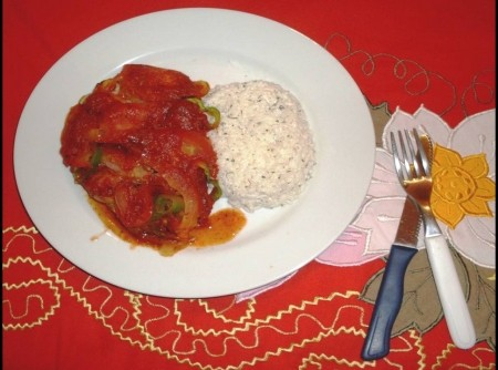 Peixe a moda da Praia de Lagoinha com arroz de salsa   Sheila Martins