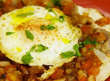 Como fazer Huevos Rancheros