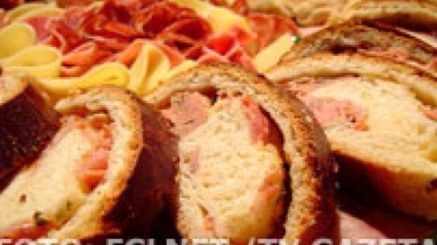 Pão Recheado de Presunto e Mussarela