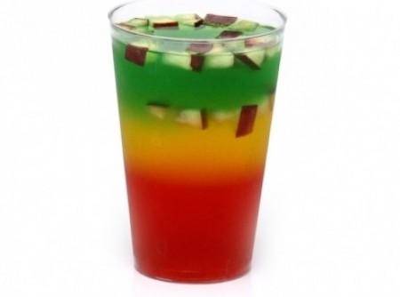 Gelatina tricolor com frutas para crianças