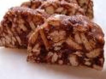 Salaminho de Chocolate com Castanha de Cajú