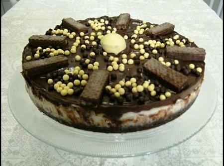 Torta Bis com Chocolate Meio Amargo | Denilson Rodrigues Martins
