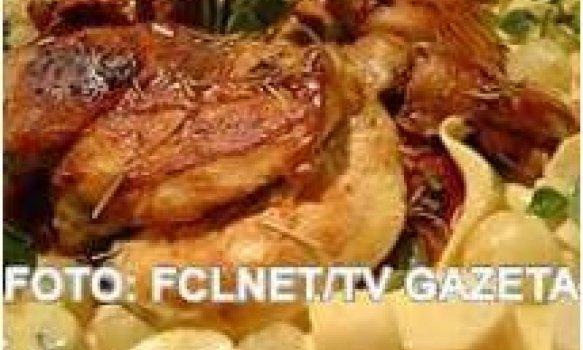 Filé de frango com molho de maracujá