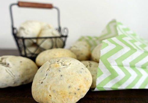 Pão de Queijo de Tapioca e Chia