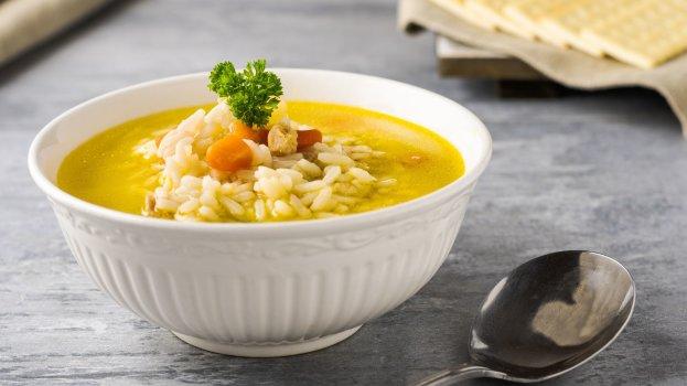 Sopa de Arroz à Camponesa