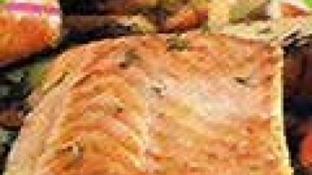 Salmão Grelhado com Molho de Alcaparras
