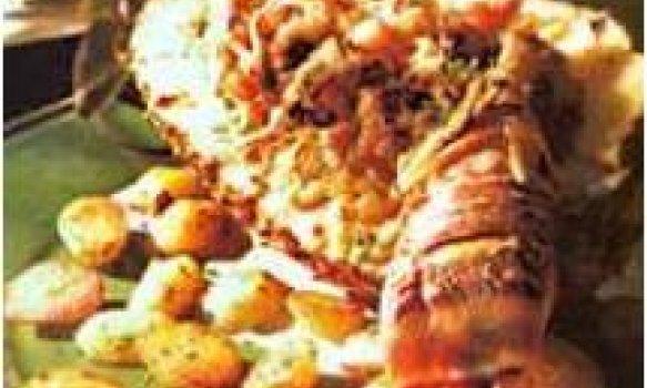 Lagosta Gratinada No Abacaxi Com Batata Sauté