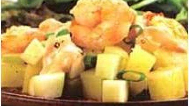 Salada De Batata Com Camarão, Maçã e Molho Rosé