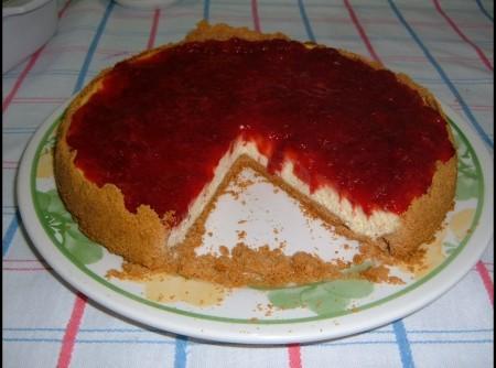 Cheesecake com Calda de Morango
