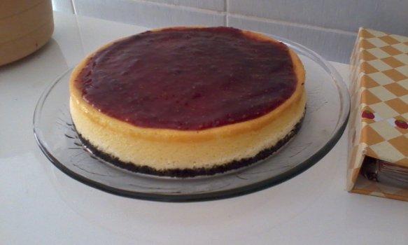 Cheesecake de Framboesa e Bolacha Recheada