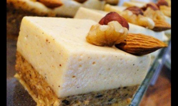 Torta Mousse de Banana com Caramelo