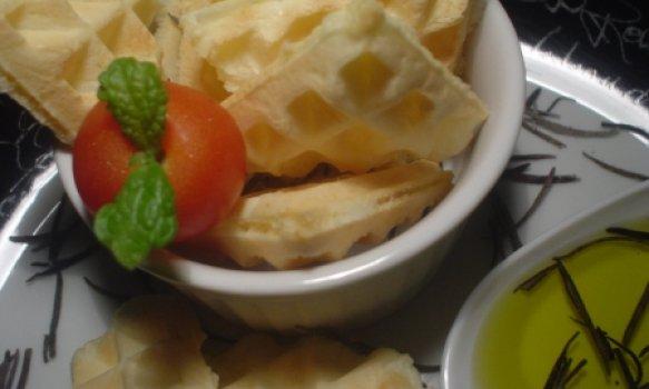 Waffles de Pão de Queijo com Azeite Aromatizado de Alecrim