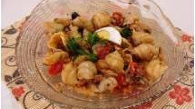 Salada de Macarrão e Bacalhau