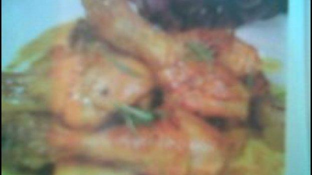 Pernas de frango com uvas