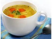 Caldo de legumes com bolinhas de abobrinha