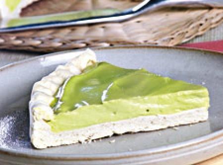 Torta de sequilho e creme de abacate