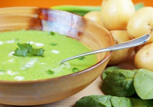 Salmão no Azeite com Molho e Purê de Batatas