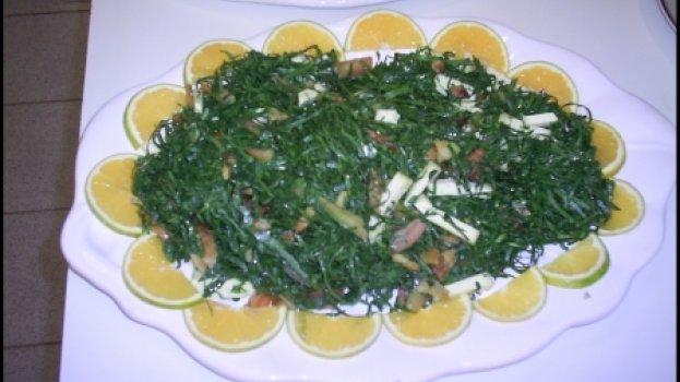 Salada de Couve, Bacon e Queijo Minas