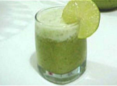 Suco Refrescante de Limão com Hortelã | Paolla Fernanda Fernandes