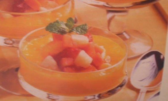 Taças de Frutas tropicais