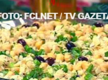 Salada de Bacalhau com Grão-de-Bico | Alessandra Cabral Rodrigues