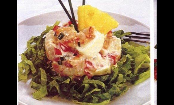 camarão com queijo em cama de alface
