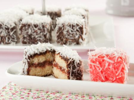 Lamington Cake | Itaiquara Alimentos