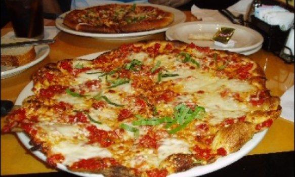 Pizza de Cream Cheese e Abobrinha