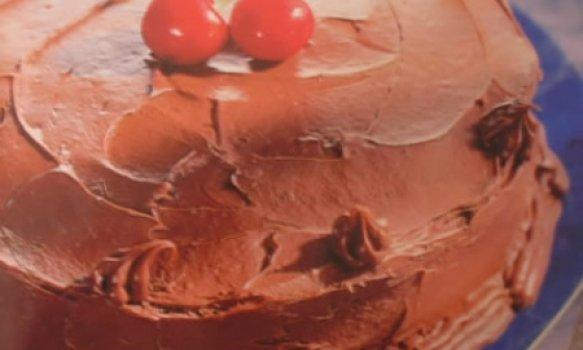 Bolo Cetim de Chocolate