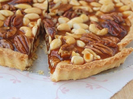 Torta de Caramelo e Nuts com Creme de Conhaque