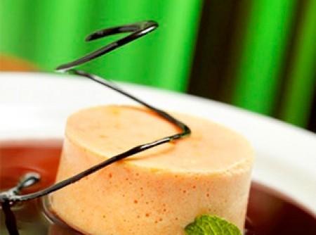 Mousse de papaia com caramelo de cassis | Débora Marangoni