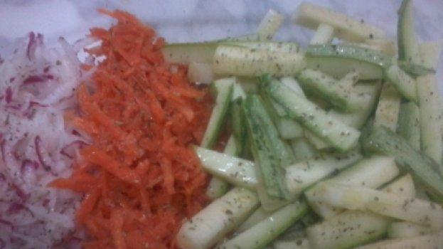 Salada Simples de abobrinha