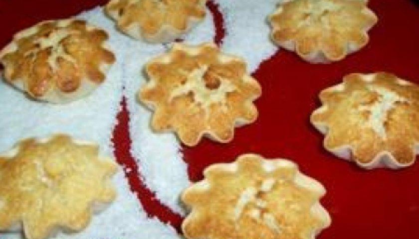 Tortinha de Coco e Leite Condensado com Massa para Pastel