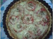 quiche de tomate seco com muzzarela de bufula