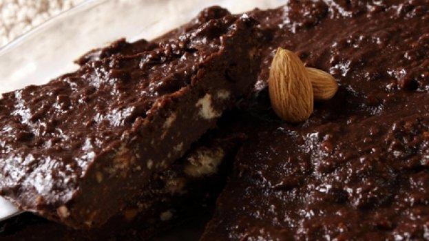 Bolo de Chocolate com Amêndoas