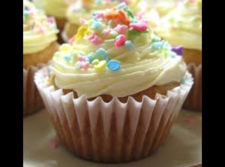 Cupcake com Merengue